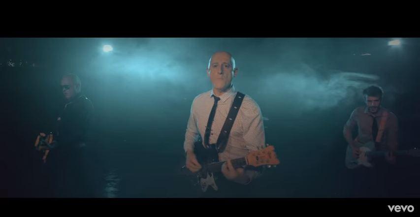 Ilegales - Mi Amigo Omar (Videoclip)